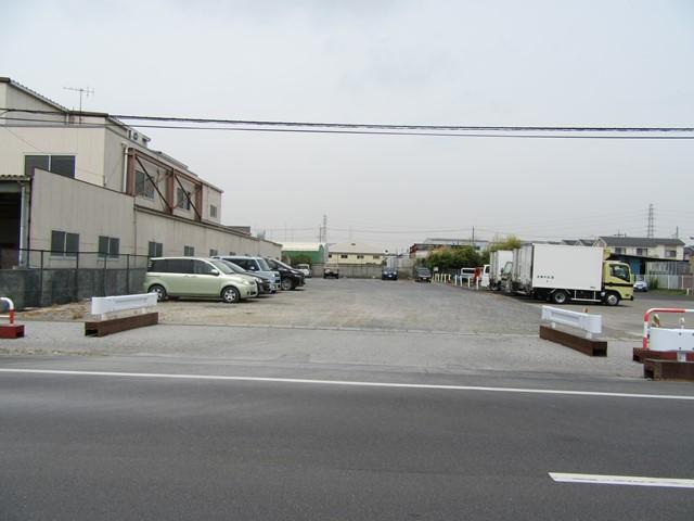 八潮市木曽根 一括駐車場